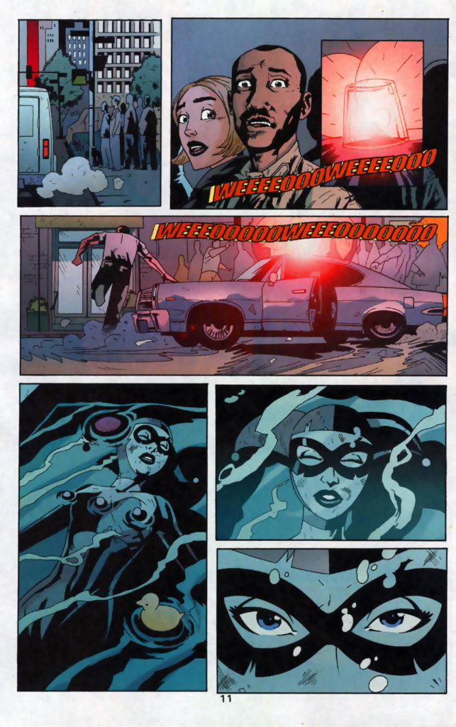 Even in this page, where Harley has been drowned and a cop friend is chasing to save her, Harley saves herself. And she looks terrifying doing it. All while wearing her full-body outfit.