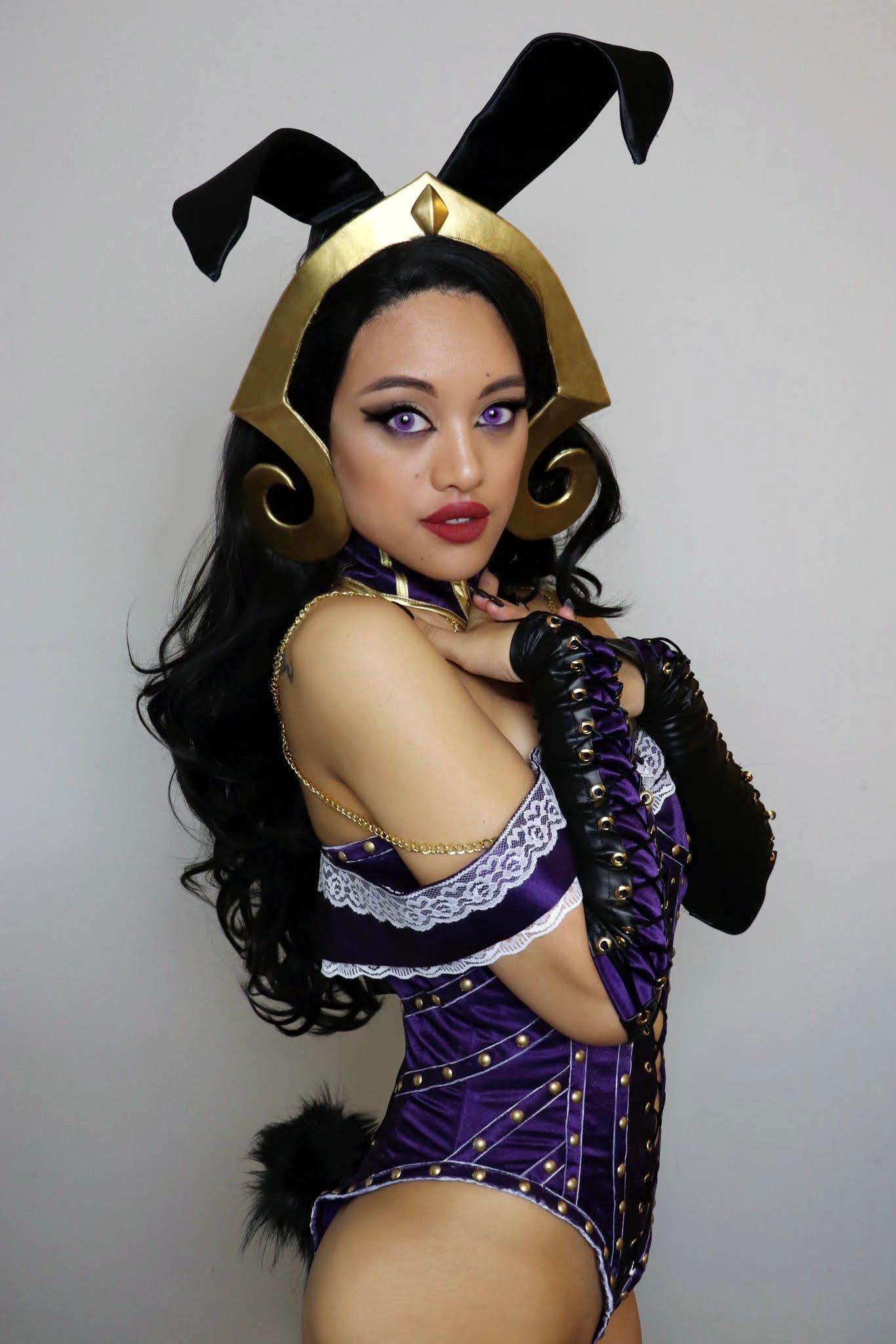 Jana as Liliana