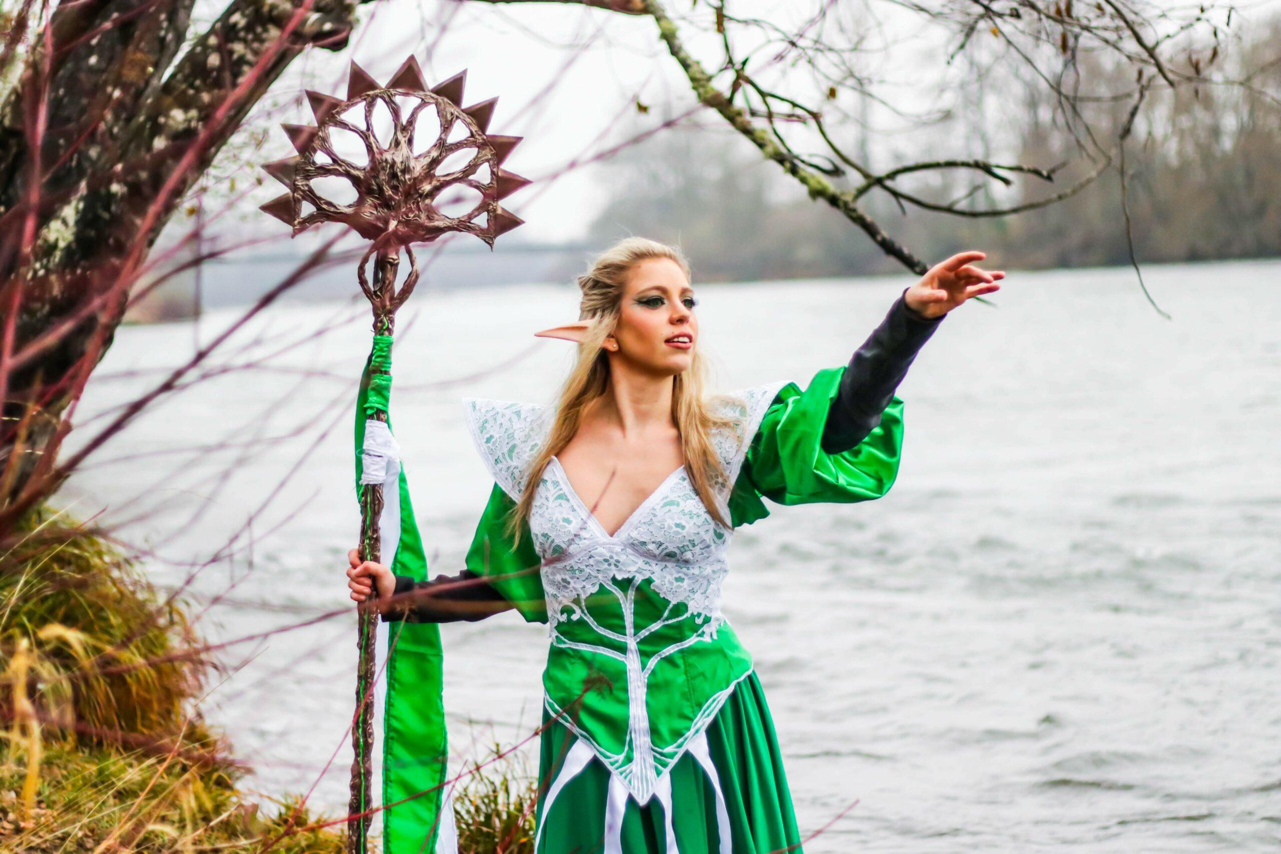 Zenaide as Emmara